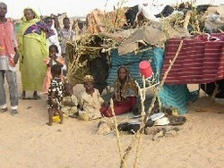 795_Sudanese_refugees_Chad_2003.jpg