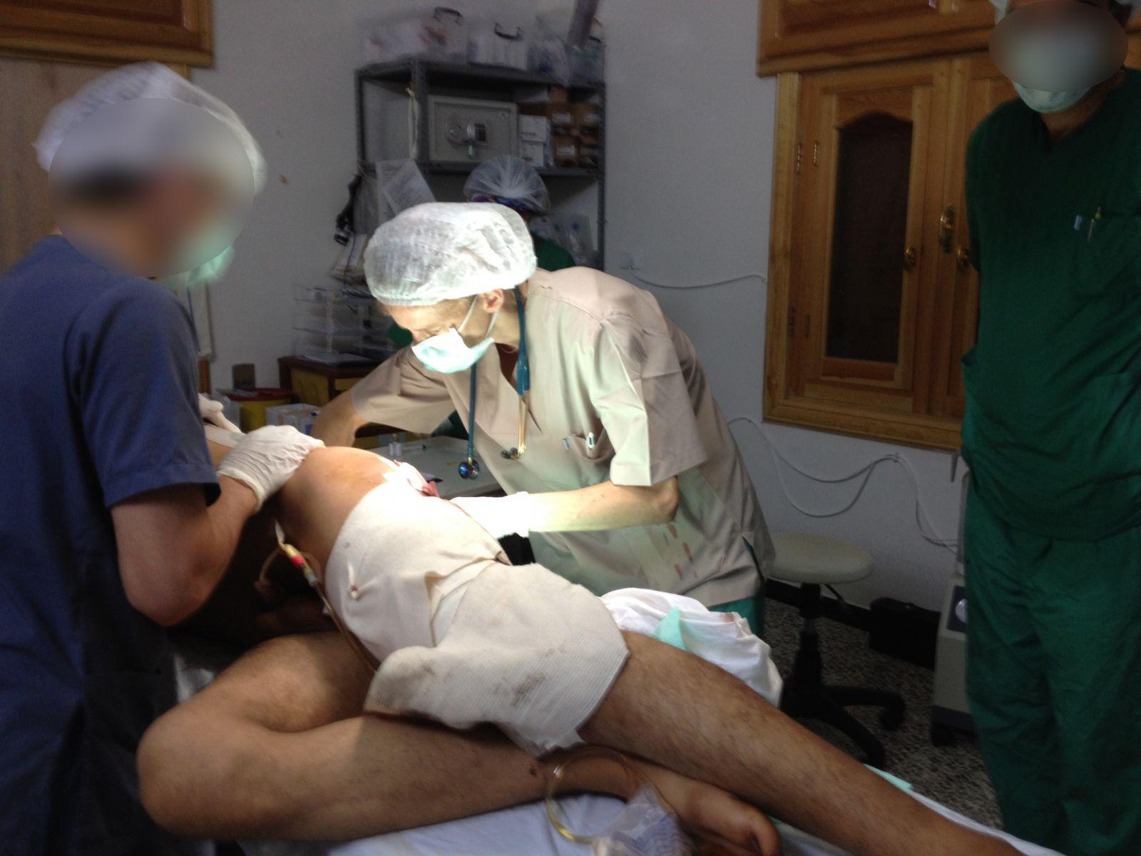 Flyvende kirurg for Læger uden Grænser