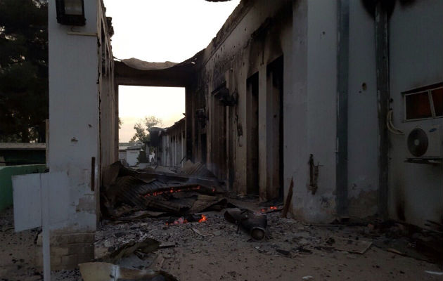 Der er stadig ikke overblik over sårede og døde efter nattens angreb på vores hospital i Kunduz.© Læger uden Grænser