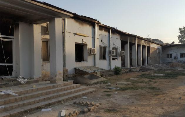 Mindst 22 blev dræbt, heriblandt 3 børn, da Læger uden Grænsers hospital blev bombet af et amerikansk fly den 3 oktober. © Læger uden Grænser