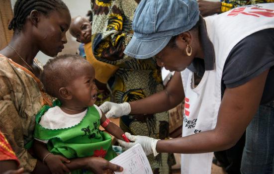 Konflikten i Den Centralafrikanske Republik har fået mange mennesker til at søge lægehjælp hos os i flere lejre i Bangui.