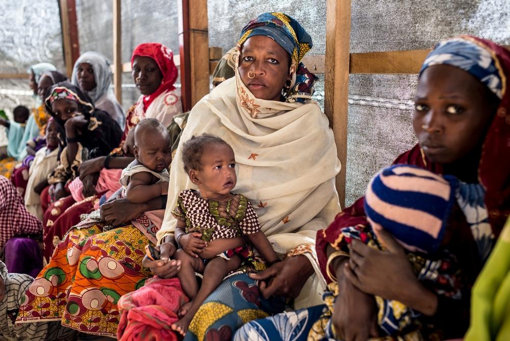 Tusindvis af mennesker er flygtet til Niger på grund af de voldelige angreb i regionen fra Islamic State's West Africa Province - bedre kendt som Boko Haram. Vi hjælper de mange mennesker på flugt