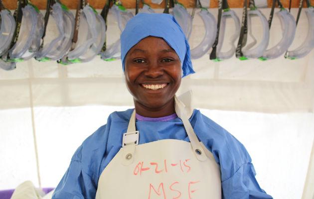 Siannie Beyan blev kureret. Hun fik arbejde som psykosocial medarbejder på ebolacenteret, hvor hun redede livet.