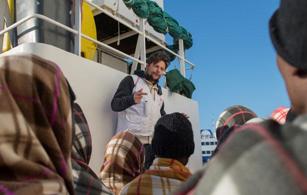 Oussama Omrane er udsendt som kulturtolk for Læger uden Grænser på skibet Aquarius på Middelhavet