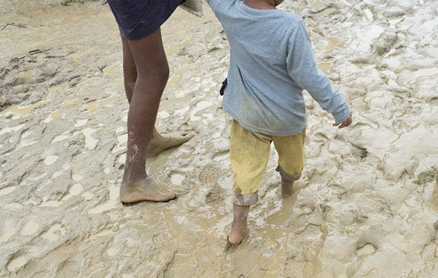 Mennesker på flugt lever under kummerlige forhold i Bangladesh