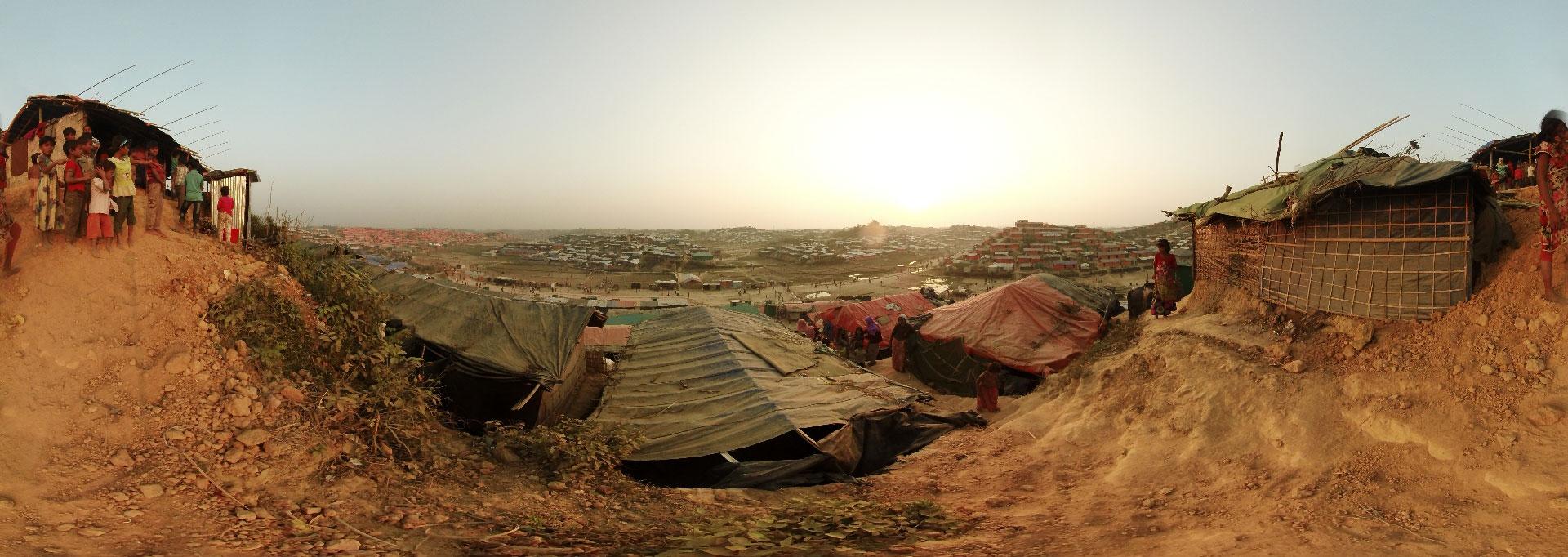 Flygtningelejren Jamtoli i Bangladesh. Her bor tusindvis af rohingyaer, som er på flugt fra Myanmar. Læger uden Grænser (MSF) hjælper i lejren.