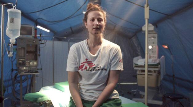 Læger uden Grænser giver fødselshjælp.