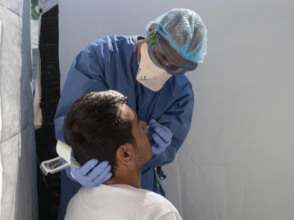 Læger uden Grænsers COVID-19-center på Lesbos testede, behandlede og satte flygtninge med symptomer i isolation