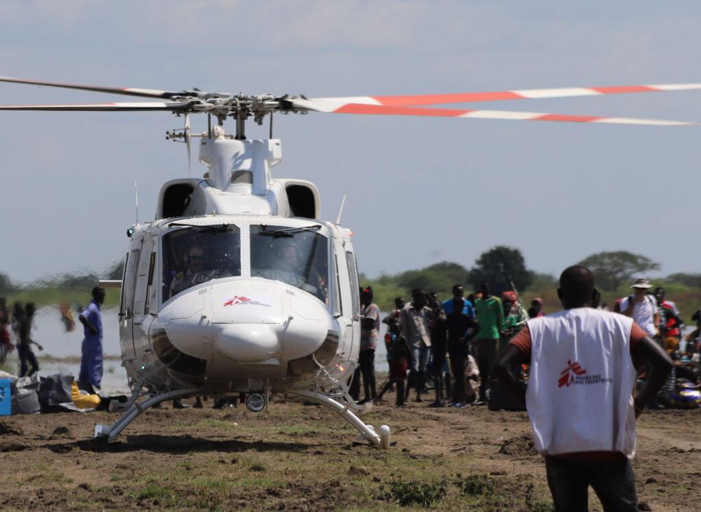 Læger uden Grænser hjælper i Sydsudan, hvor kampe sender folk på flugt